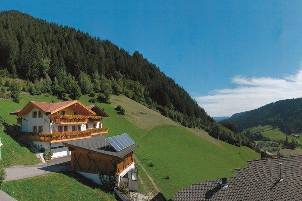 Foto Außenansicht im Sommer Eggerhof