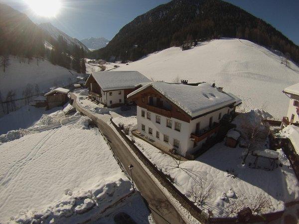 Foto invernale di presentazione Appartamenti in agriturismo Sennerhof