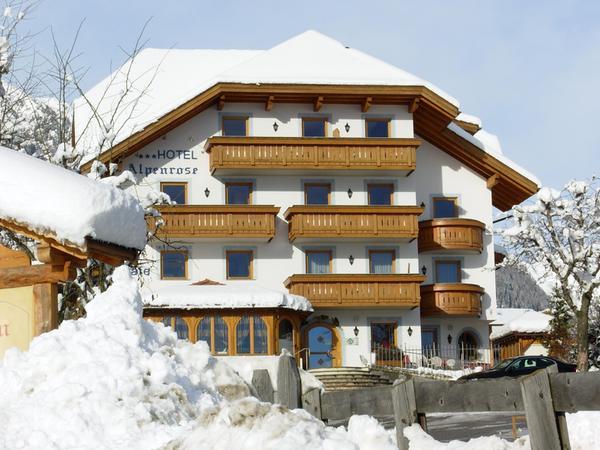 Foto invernale di presentazione Alpenrose - Hotel 3 stelle