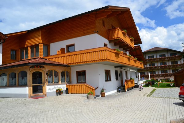 Foto estiva di presentazione Pensione in agriturismo Häuslerhof