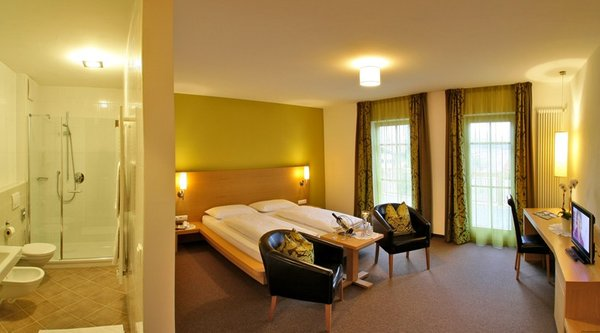 Www Hotel Langhof Com