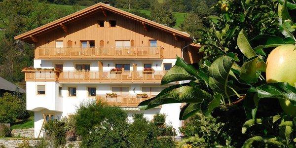 Foto estiva di presentazione Pensione + Appartamenti Huberhof