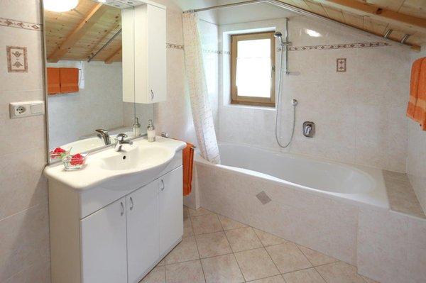 Foto del bagno Appartamenti in agriturismo Falserhof