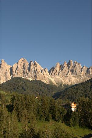 La posizione Appartamenti Kaserott Val di Funes