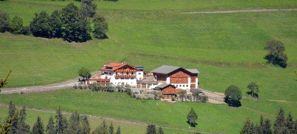 La posizione Appartamenti in agriturismo Oberschlellhof Val di Funes