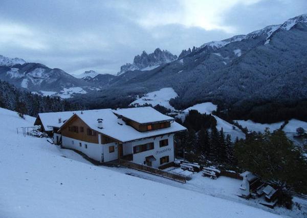 Foto esterno in inverno Oberschlellhof