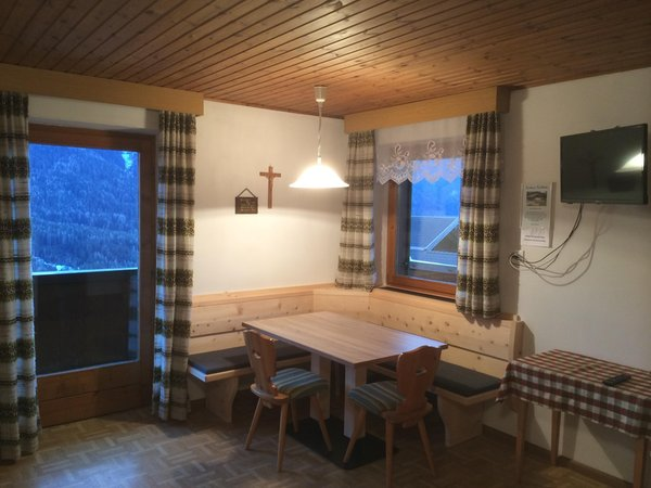 La zona giorno Appartamenti in agriturismo Heinzlerhof