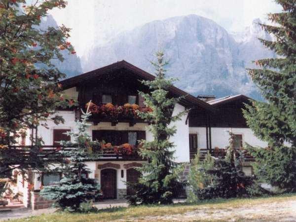 Foto estiva di presentazione Villa Pinter - Residence 2 stelle