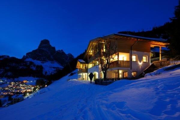 Foto invernale di presentazione Appartamenti Chalet La Flu