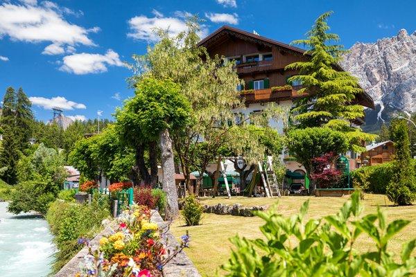 Foto esterno in estate Pontechiesa