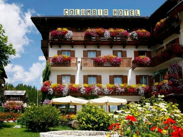 Foto estiva di presentazione Meublé Columbia