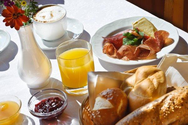 Das Frühstück Helmhotel - Hotel 3 Stern sup.