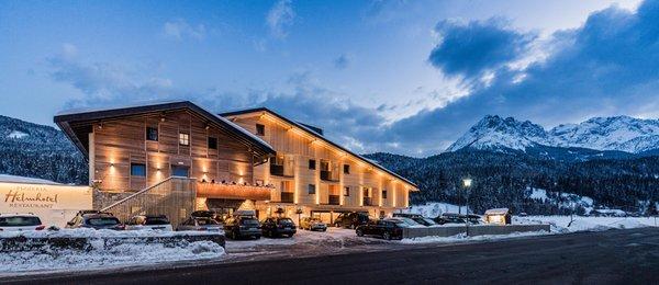Foto invernale di presentazione Helmhotel - Hotel 3 stelle sup.