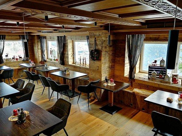 Il ristorante Prato alla Drava Almhof