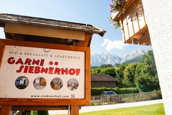 Foto esterno in estate Siebnerhof