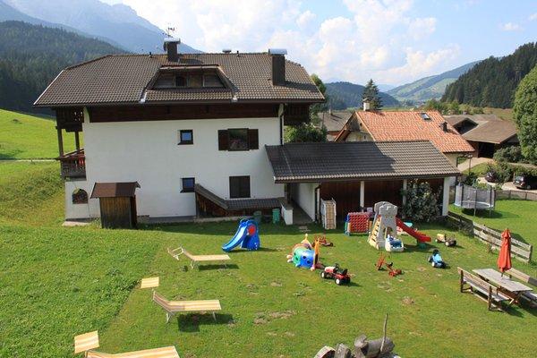 Foto esterno in estate Mangerhof