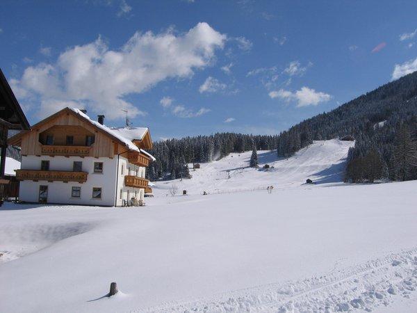 Foto esterno in inverno Mangerhof