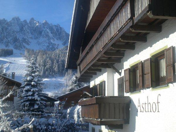 Winter Präsentationsbild Ferienwohnungen auf dem Bauernhof Asthof