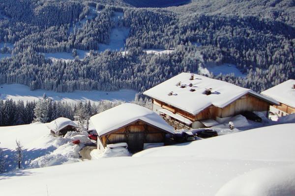 Winter Präsentationsbild Egarterhof - Ferienwohnungen auf dem Bauernhof 3 Blumen