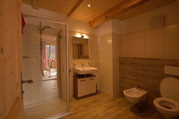 Foto del bagno Appartamenti in agriturismo Pircherhof