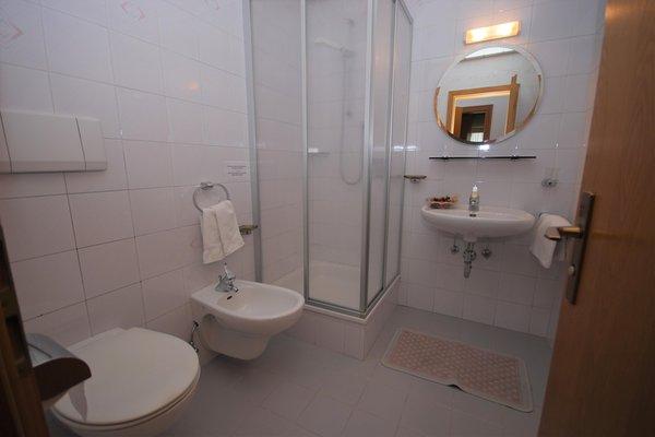 Foto del bagno Appartamenti in agriturismo Stöfflerhof
