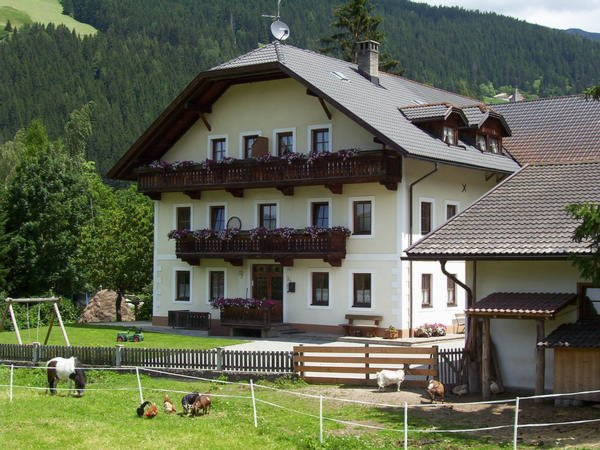 Summer presentation photo Farmhouse apartments Tolder