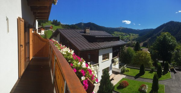 Foto del balcone Bela Munt