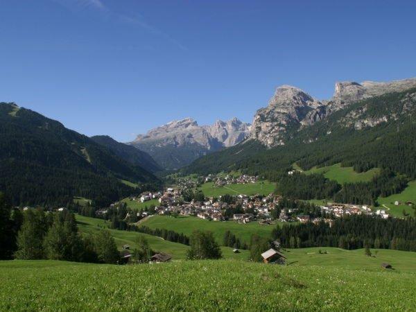 Foto estiva di presentazione La Villa - Associazione turistica