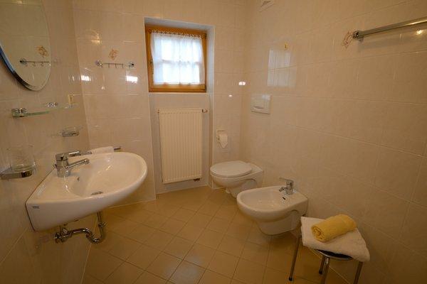 Foto del bagno Appartamenti in agriturismo Marerhof