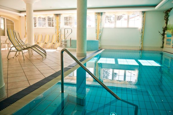 Swimming pool Park Hotel  Bellevue - Hotel 4 stars