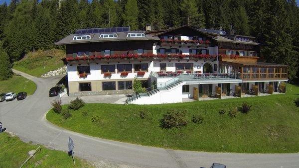 Foto estiva di presentazione Ratsberg Alpenhotel - Hotel 3 stelle