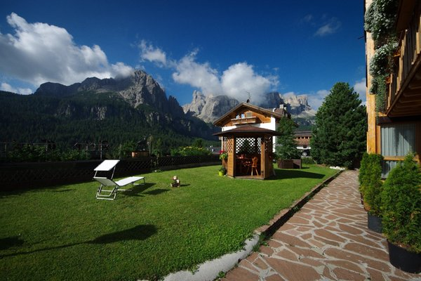 Photo exteriors in summer Chalet Ciuf dl Ton