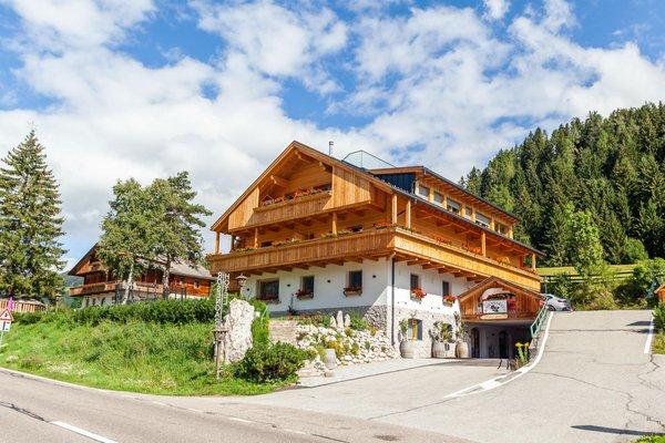 Foto estiva di presentazione Hotel Rosengarten