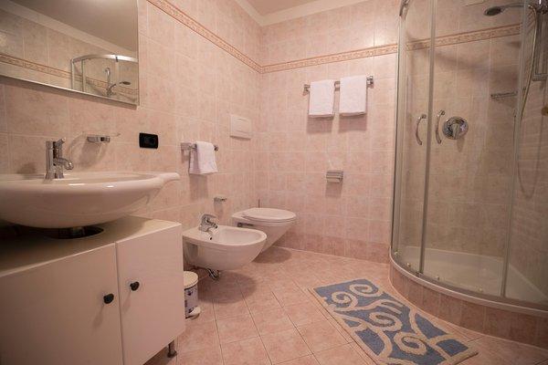 Photo of the bathroom Apartment Villa Alpi