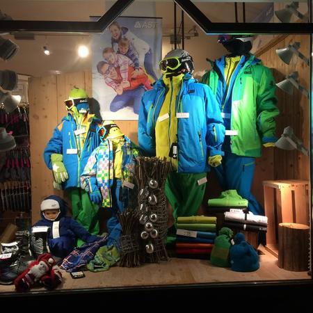 Shop Alexis Sport & Fashion com.xlbit.lib.trad.TradUnlocalized@1a6dc681