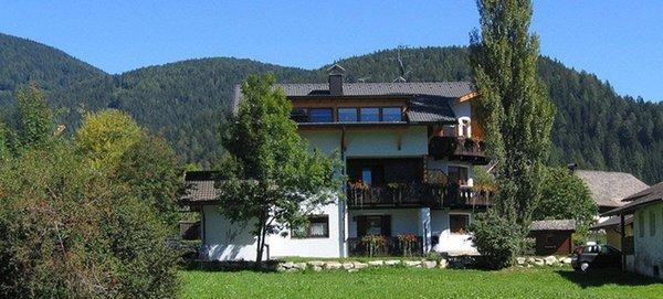 Foto estiva di presentazione Villa Rienzner - Appartamenti 3 soli