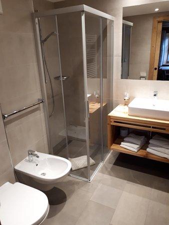 Foto del bagno Appartamenti in agriturismo Hirschenhof