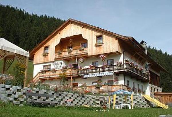 Foto esterno in estate Ristenhof