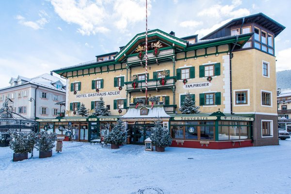 Winter presentation photo Hotel Adler Suite & Stube