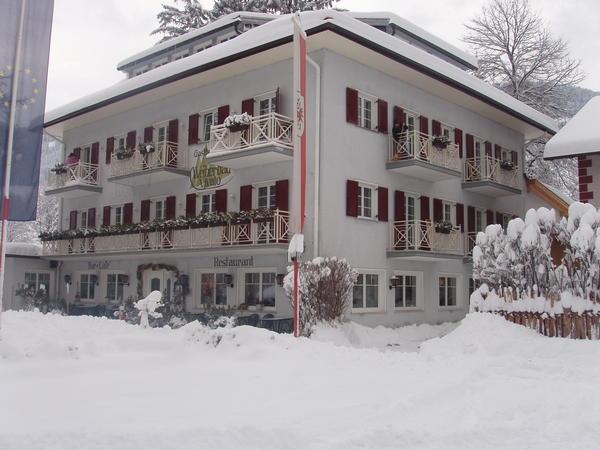Foto esterno in inverno Weiherbad