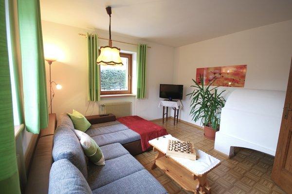 Il salotto Hoferhof - Appartamenti in agriturismo 3 fiori