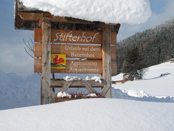 Foto esterno in inverno Stifterhof
