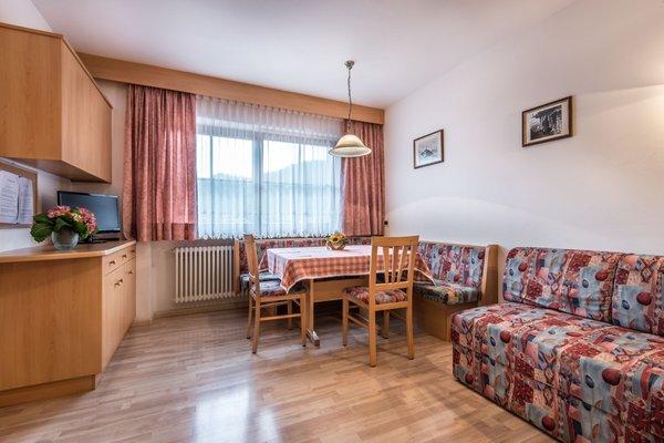 La zona giorno Apartments Costa Burjada - Residence 2 stelle