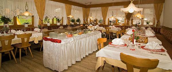 The restaurant Braies di Dentro / Innerprags Huber