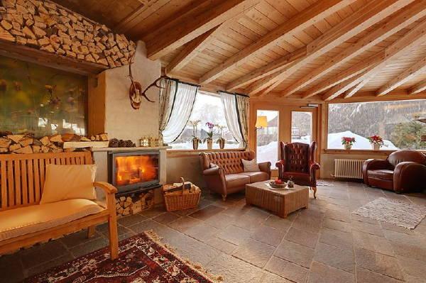 Hotel berghotel moso alta pusteria for Berghotel design