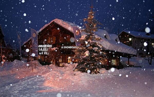 Photo exteriors in winter La Villa