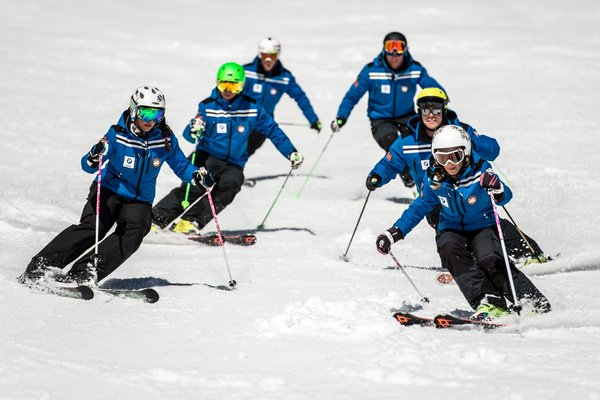 Präsentationsbild Skischule San Cassiano