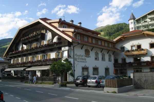 Foto estiva di presentazione Edelweiss - Garni-Hotel + Appartamenti 3 stelle