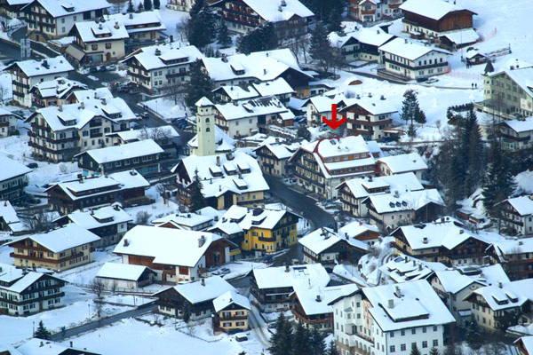 La posizione Garni-Hotel + Appartamenti Edelweiss Moso (Sesto)