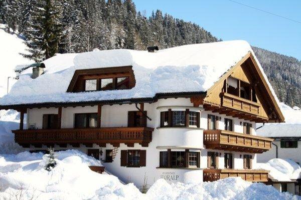 Foto invernale di presentazione Residence Floralp